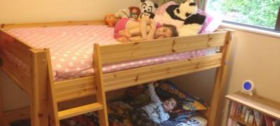 Kako to imate dvoje dece, a samo jednu sobu za njih?