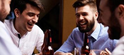 А ti pustaš dečka da ide sa drugarima na pivo?